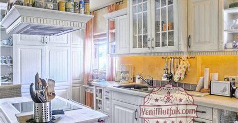 beyaz-country-mutfak-modelleri-